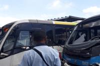RIO: Acidente com dois micro ônibus deixa 30 feridos
