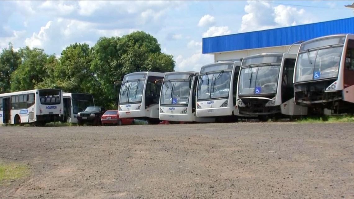 SP: Sistema de transporte de Agudos segue sucateado