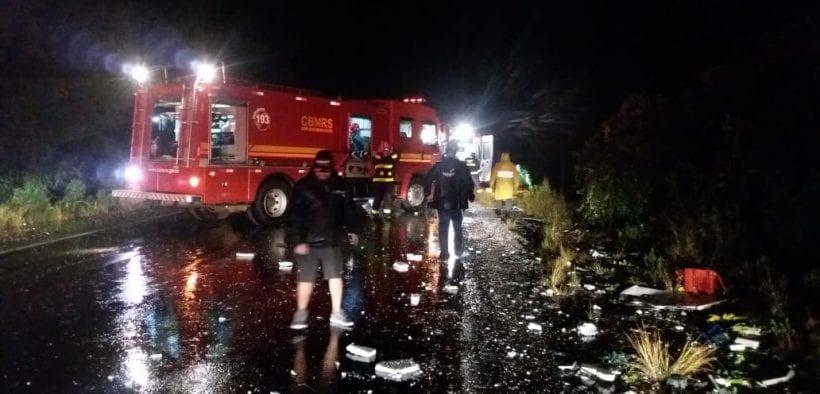 RS: Acidente com ônibus e caminhão deixa um morto e 25 feridos na BR-285