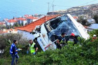 Acidente de ônibus mata 29 pessoas em Portugal