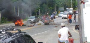 Rio x Santos é fechada em Angra dos Reis durante  protesto