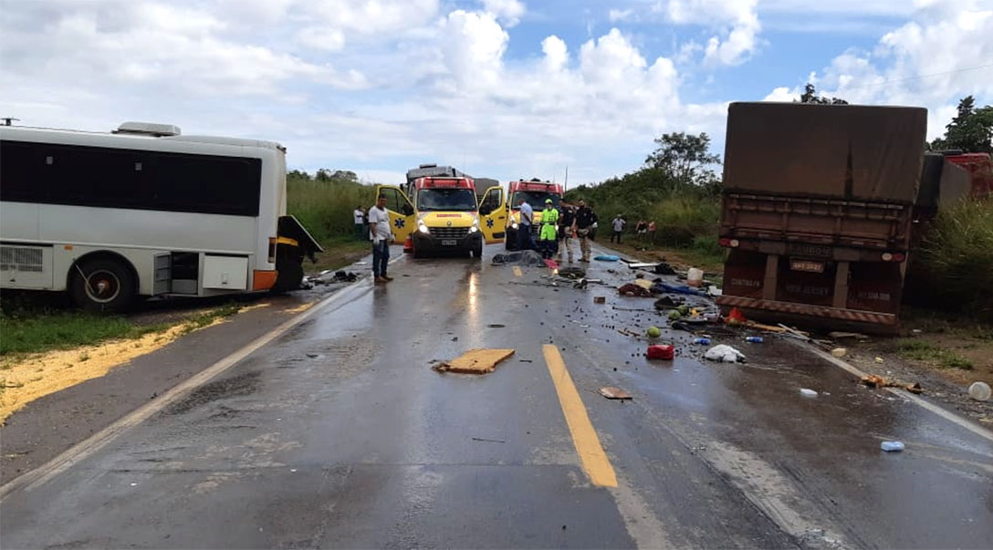 MT: Acidente com ônibus na BR-163 mata ex-prefeito de Coronel Pilar