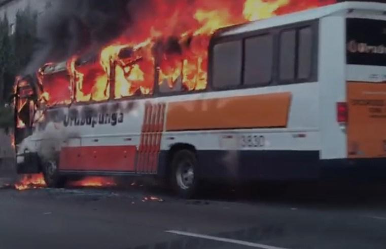 SP: Bombeiros descartam incêndio criminoso no ônibus da Viação Urubupungá