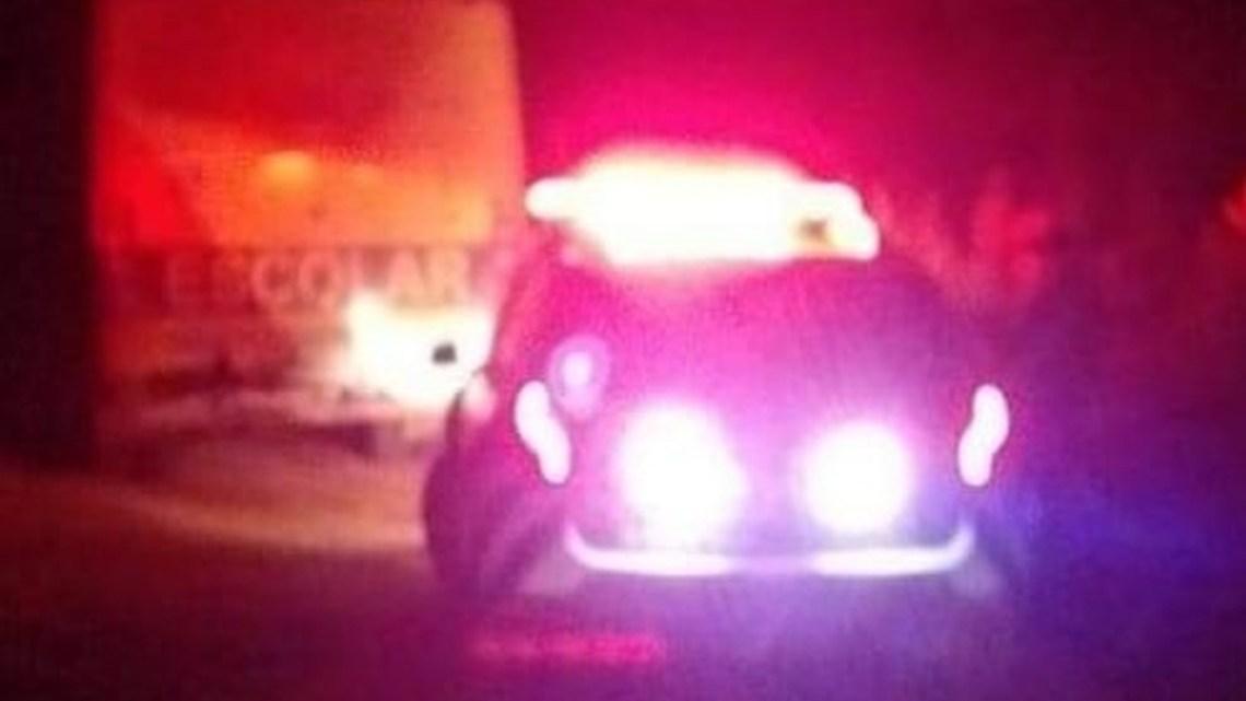 Bandidos assaltam ônibus e matam dois jovens no interior do Ceará