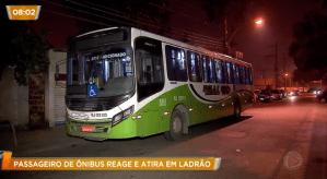 RIO: Bandido é baleado durante assalto a ônibus na Avenida Brasil
