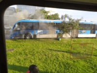Ônibus do BRT Rio pega fogo na Barra da Tijuca na zona oeste