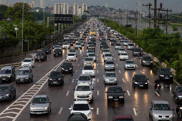Prefeitura de São Paulo cancela rodízio de veículos nesta sexta-feira 14 por conta da paralisação