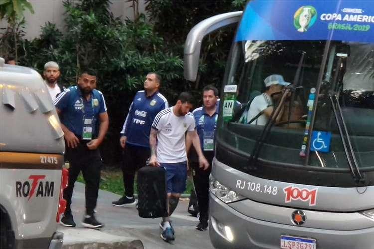 Seleção Argentina é transportada por ônibus da 1001 em BH