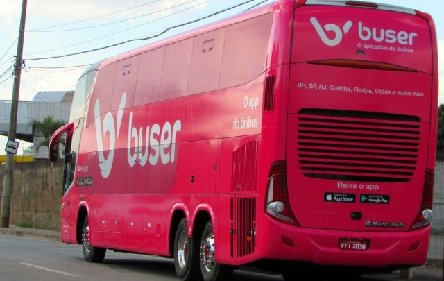 Buser aposta na plotagem de ônibus e em parcerias com o setor de turismo de luxo