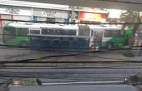 SP: Fogo em ônibus articulado de Campinas assusta passageiros nesta tarde