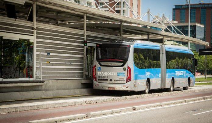 BRT Rio passa fiscalizar caloteiros nos ônibus e estações