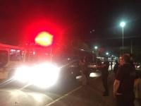 Ônibus com presos colide com carro em Porto Alegre