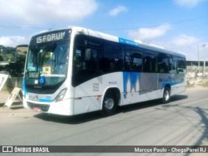 Bandidos sequestram ônibus para assistir jogo de futebol