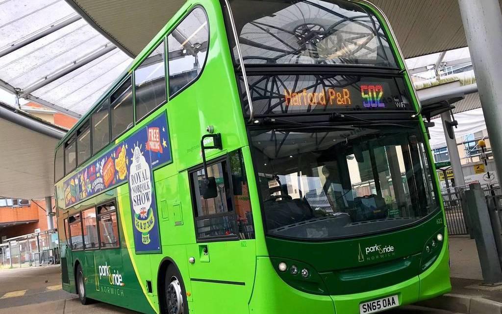 Motorista acaba suspenso na Inglaterra por se recursar dirigir ônibus com as cores do orgulho LGBT