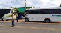 RN: Operação do DER e PRF flagra 27 ônibus clandestinos
