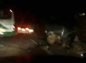 TO: Acidente envolvendo ônibus e dois veículos deixa um morto e vários feridos