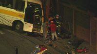 Acidente com ônibus escolar deixa 10 feridos em São Paulo