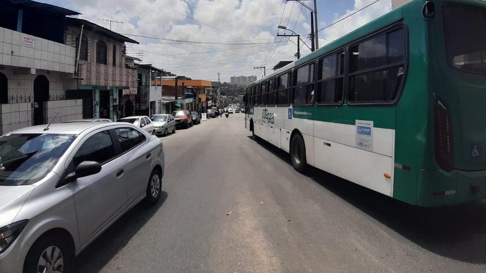 Após guerra do tráfico ônibus voltam a circular na Via Regional em Salvador