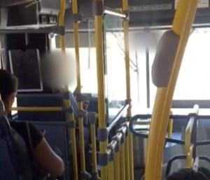 Motorista de Palmas é flagrado dirigindo e usando celular