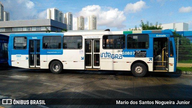 Ônibus do sistema Integra de Salvador são apreendidos pela justiça
