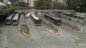 São Paulo: Justiça determina que 70% da frota de ônibus circule nesta sexta-feira
