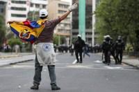 Motoristas encerram paralisação no Equador