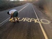 Protesto de morador alerta para buracos na estrada PI-141