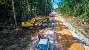 DER-RO melhora mais de 130 quilômetros da RO-135 em Alta Floresta do Oeste