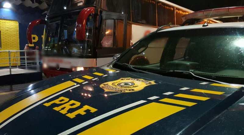 PRF detém homem por assédio à passageira de ônibus na BR-290