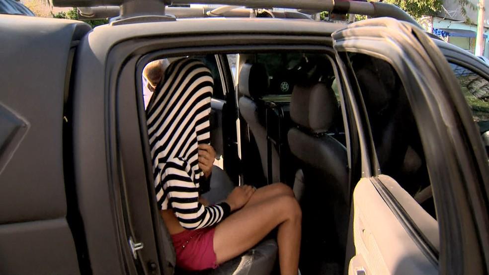 Casal que assaltava ônibus é preso em Vitória