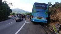 Acidente na BR-040 deixa dois mortos e 50 feridos na Baixada Fluminense