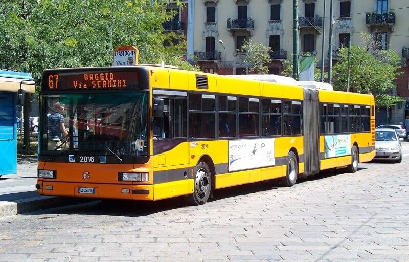 Greve geral paralisa o transporte na Itália