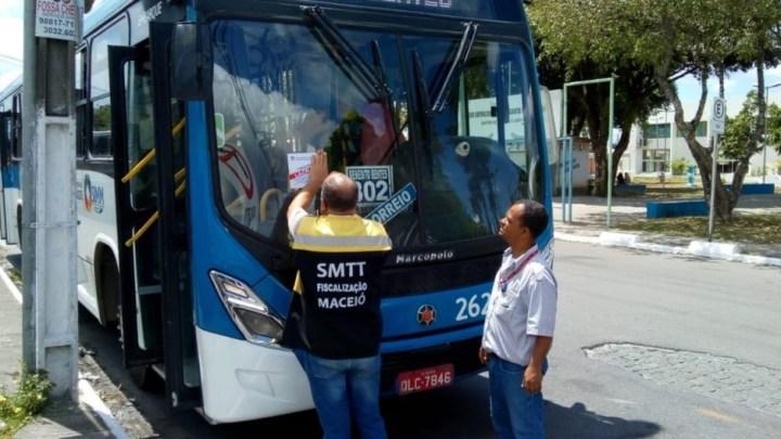 Maceió: Prefeitura autua 30 ônibus urbanos após fiscalização