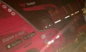 Acidente com ônibus da Buser deixa um morto na BR-381 Fernão Dias no Sul de Minas
