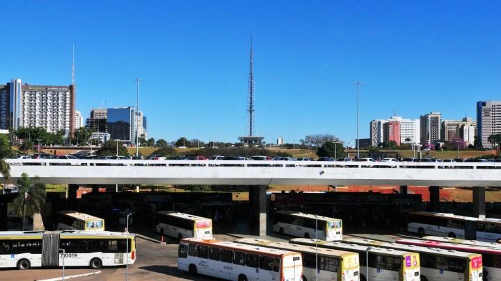 DF: Secretaria de Transportes remaneja frota de ônibus