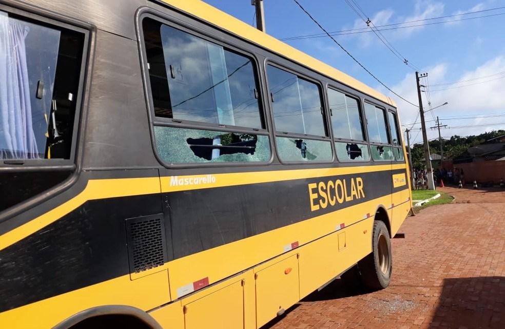 Micro-ônibus escolar atropela e mata criança de 5 anos no interior do Acre