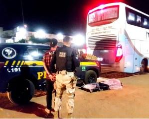 CE: PRF apreende 32 kg de maconha com passageiro de ônibus na BR-222