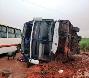 MT: Acidente com ônibus da Eucatur deixa 30 feridos em São josé do Rio Claro