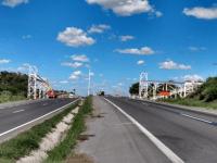 BA: Instalação de passarela causa interdição da BR-116 em Antônio Cardoso