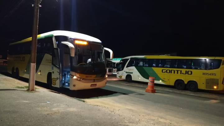 PI: Polícia aprende foragido da justiça em ônibus da Gontijo na BR-407