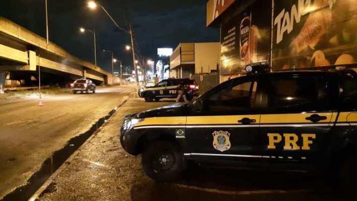 RS: PRF captura foragido dentro de ônibus em São Leopoldo