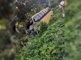 Micro-ônibus sofre acidente ao desviar de buraco no nordeste do Pará