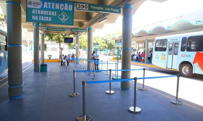 Fortaleza: Homem é encontrado morto em ônibus no Terminal da Lagoa em Parangaba