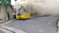 SP: Ônibus pega fogo em Presidente Prudente nesta segunda-feira 13