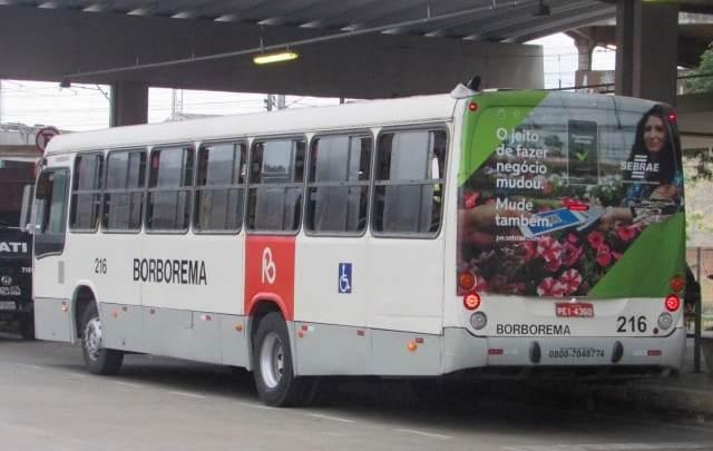 Prefeitura do Recife altera linhas de ônibus devido a montagem de arquibancadas do Carnaval