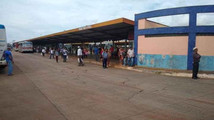 MS: Homem é detido em Campo Grande após ser flagrado com genital fora da calça dentro de ônibus