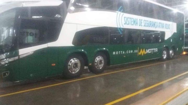 Viação Motta começa testar novo ônibus Paradiso New G7 1800 DD Volvo 8×2