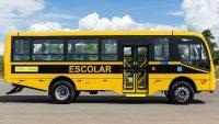 Manifestação fecha rua em Maceió por falta de ônibus escolar