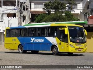 ES: Acidente com ônibus da Viação Sudeste deixa 7 feridos em Itapemirim