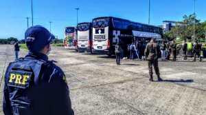 Polícias do Brasil e da Argentina fazem operação integrada de escolta internacional de brasileiros